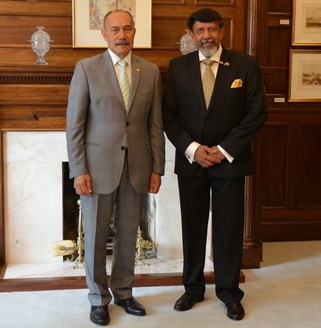 1High Commissioner with the Governor General of New Zealand